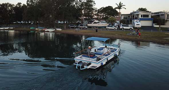 21' open day boat for hire in lake macquarie from top of the lake boat for hire